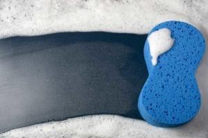 blue-sponge-suds-cleaning-ht4w600