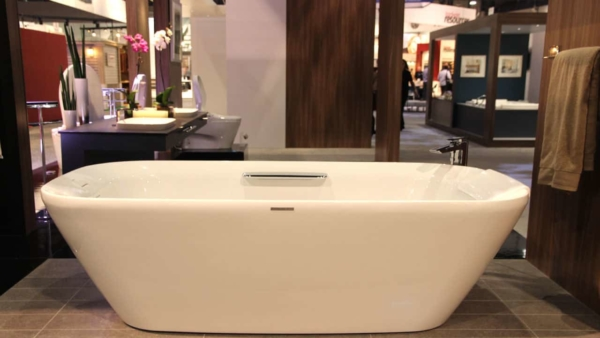 free standing bathtubs remain top of the new home improvement products