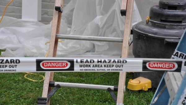 when working outdoors, you need to use plastic & barrier to prevent people from exposure to lead paint dust