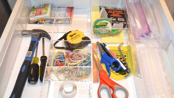 here's one of the kitchen drawer organizers I found at the 2016 Kitchen & Bath Show, and it really works
