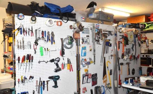 garage-organization-rolling-pegboards-ht4w1280