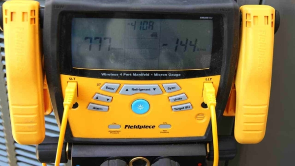 digital gauges are also part of the hvac installation