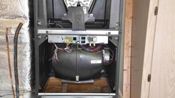 trane-heat-pump-blower-in-air-handler-ht4w1280