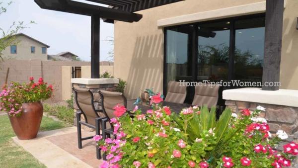 few stucco homes have window shutters, using 3-dimensional, stucco window trim instead
