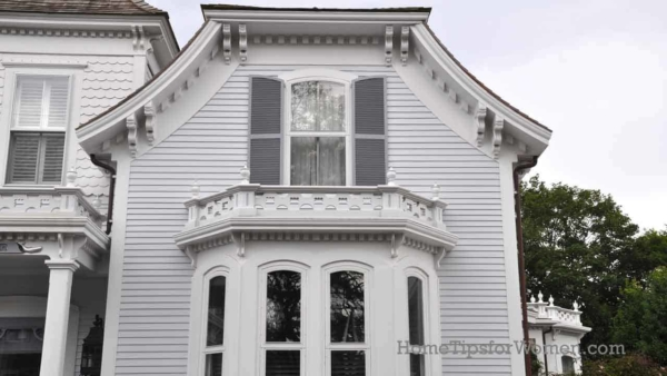 historic Nantucket house with lots of dentil molding