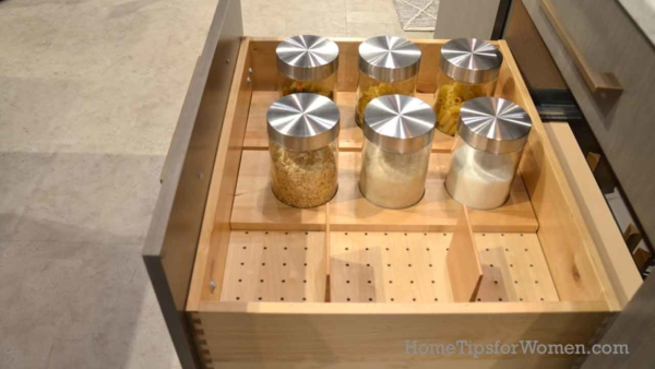 #kitchen-drawer-organizer-storage-jars-kbis-2017-ht4w1280