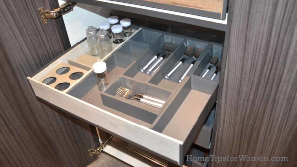 there were hundreds of kitchen drawer organizing accessories at this home show