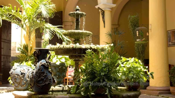 @landscaping-entryways-typical-courtyard-cuba-ht4w1280