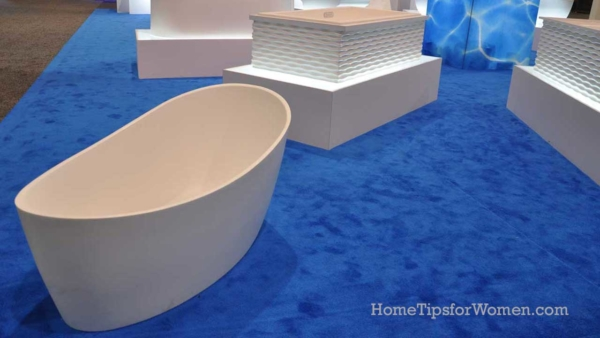 bathtubs at KBIS are a lot of fun to see & take photos of ...