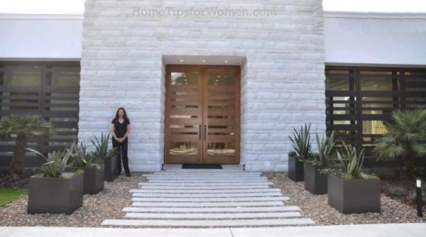 #exterior-front-door-new-american-home-kbis-2017-orlando-florida-ht4w1280