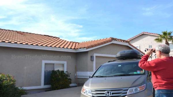 #home-maintenance-interior-looking-for-dryer-vent-scottsdale-arizona-ht4w1280