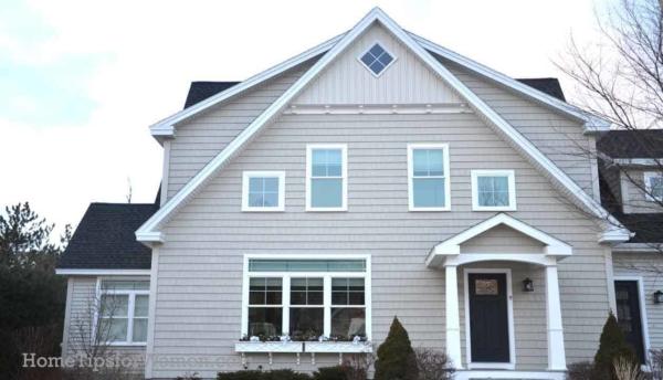 #houses-roofs-dormers-new-england-style-portland-maine-ht4w1280