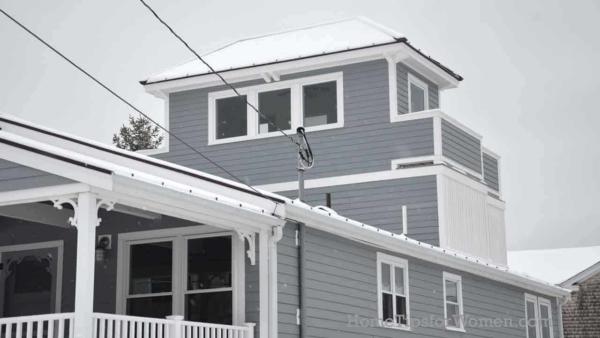 #houses-roofs-modern-widows-walk-newburyport-massachusetts-ht4w1280