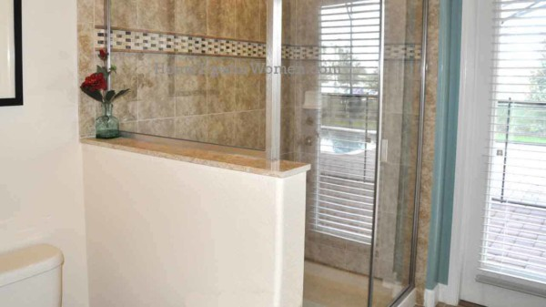 #building-bathroom-half-wall-separating-toilet-from-shower-lennar-orlando-florida-ht4w1280